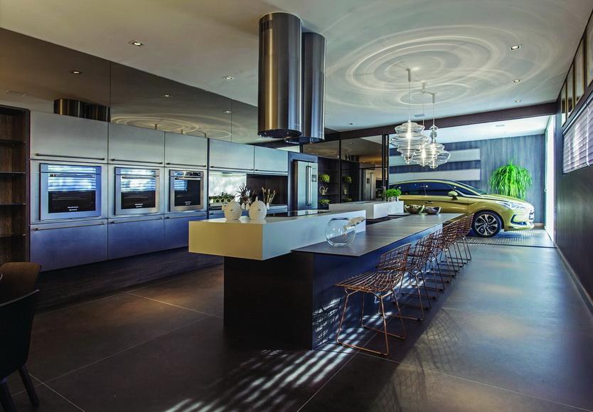 מטבח מודרני - אי לבן משטח דקטון